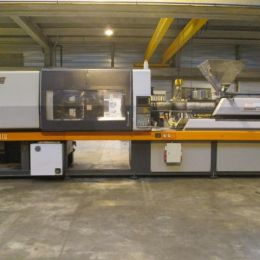 Injection molding machine used Sandretto 8/270 sef 100