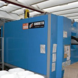 Used injection machinery Sandretto mega t 1000